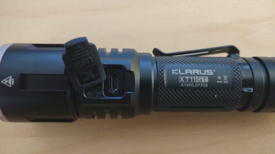 Klarus XT11GT mit micro USB Anschluss