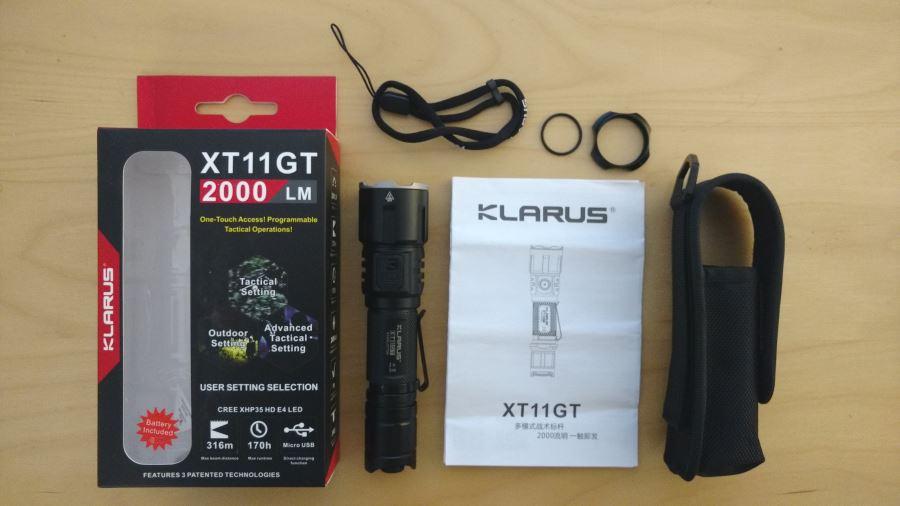 Klarus XT11GT mit Zubehör und Verpackung