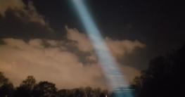 Olight M3XS-UT Javelot LED Taschenlampe Beamshot