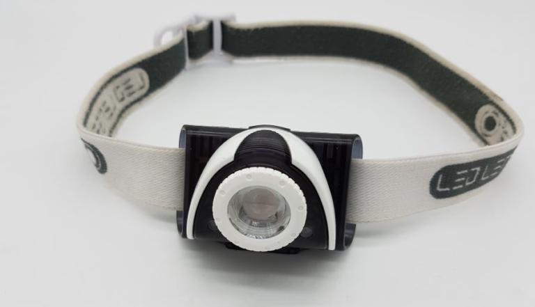 LED Lenser SEO 5 Stirnlampe mit Stirnband