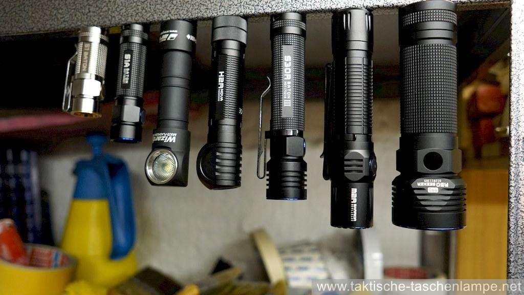 Magnetische LED Taschenlampen am Kellerregal