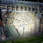 Olight R50 Pro Seeker Beamshot Holzschuppen