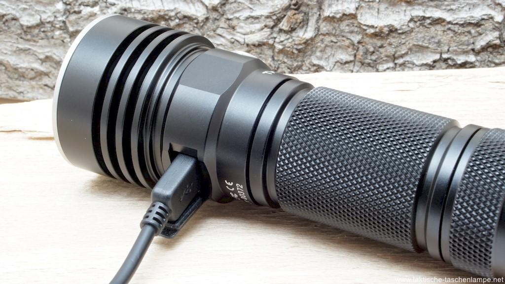 ThruNite TC20 LED Taschenlampe mit USB-Ladekabel