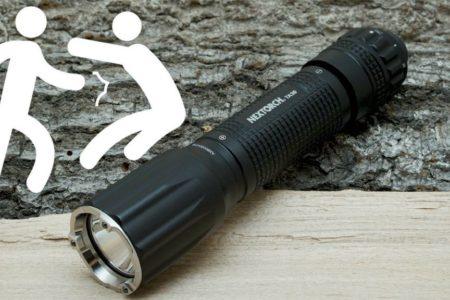 Selbstverteidigung mit einer Taktischen Taschenlampe