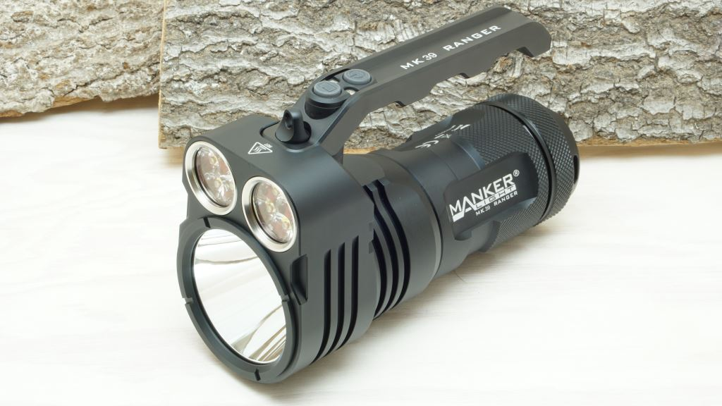 Manker MK39 Ranger LED Taschenlampe mit Flooder und Thrower Reflektoren