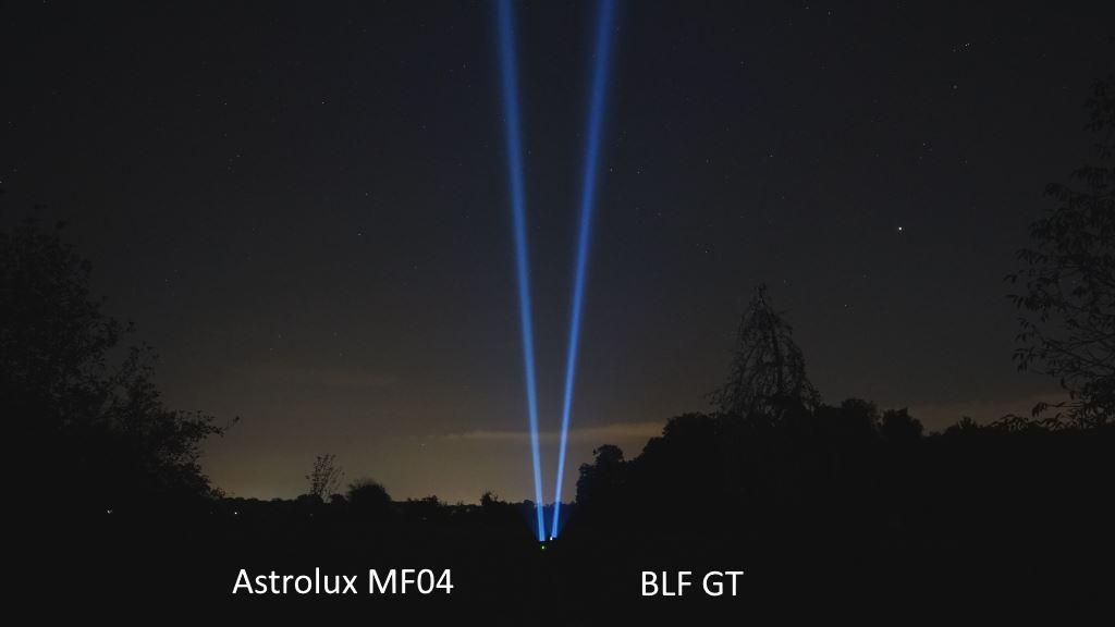 BLF GT und Astrolux MF04 leuchten in den Nachthimmel