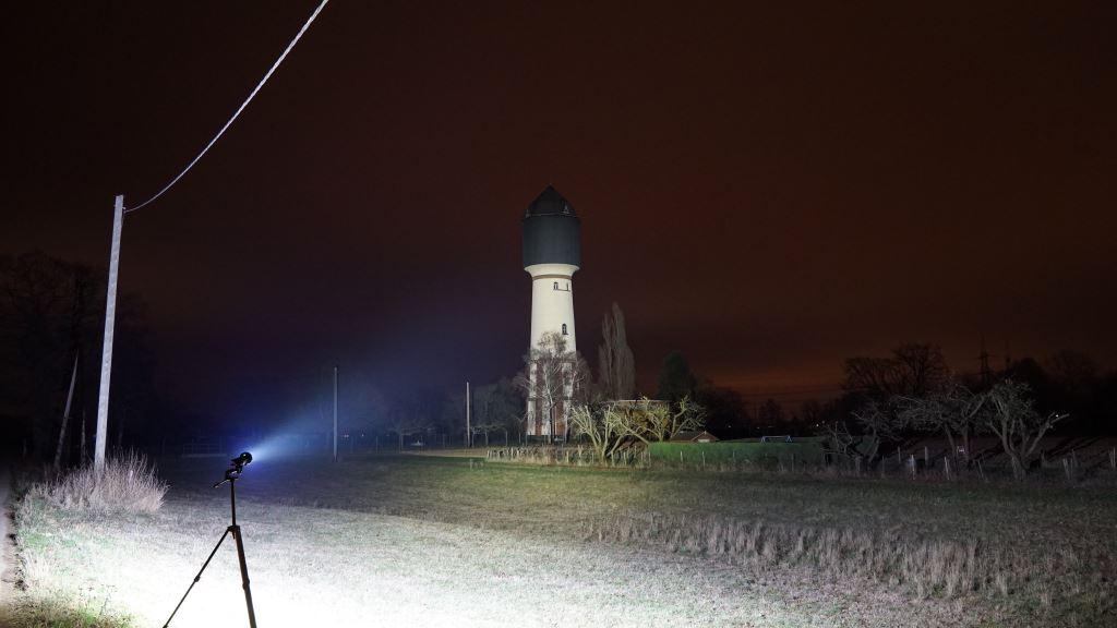 Acebeam X45 XHP70.2 Beamshot Wasserturm