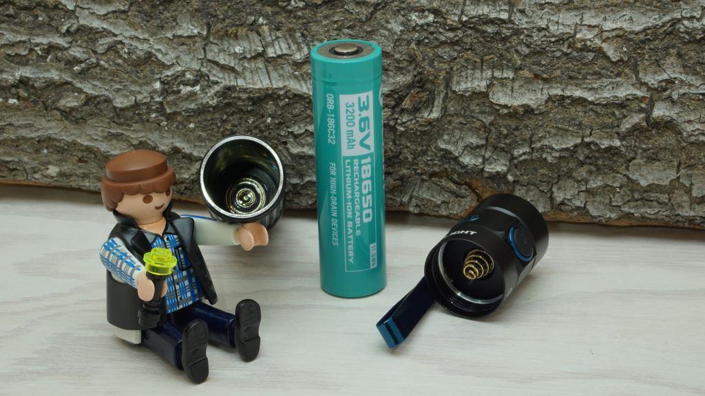 Olight S2R Baton II Akku, Batterierohr und Kopf
