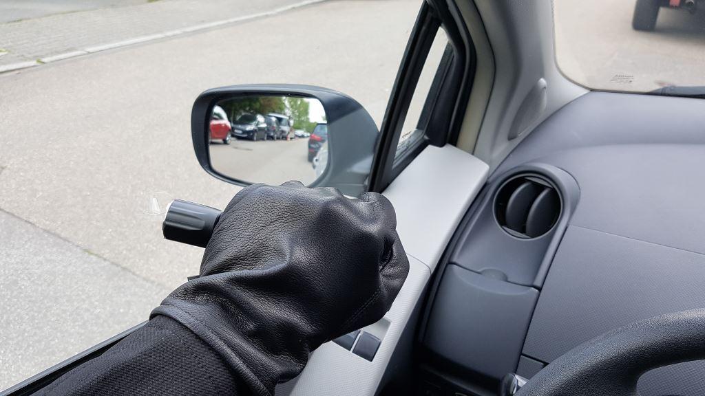 Auto Taschenlampe (Nextorch TA30) mit Glasbrecher