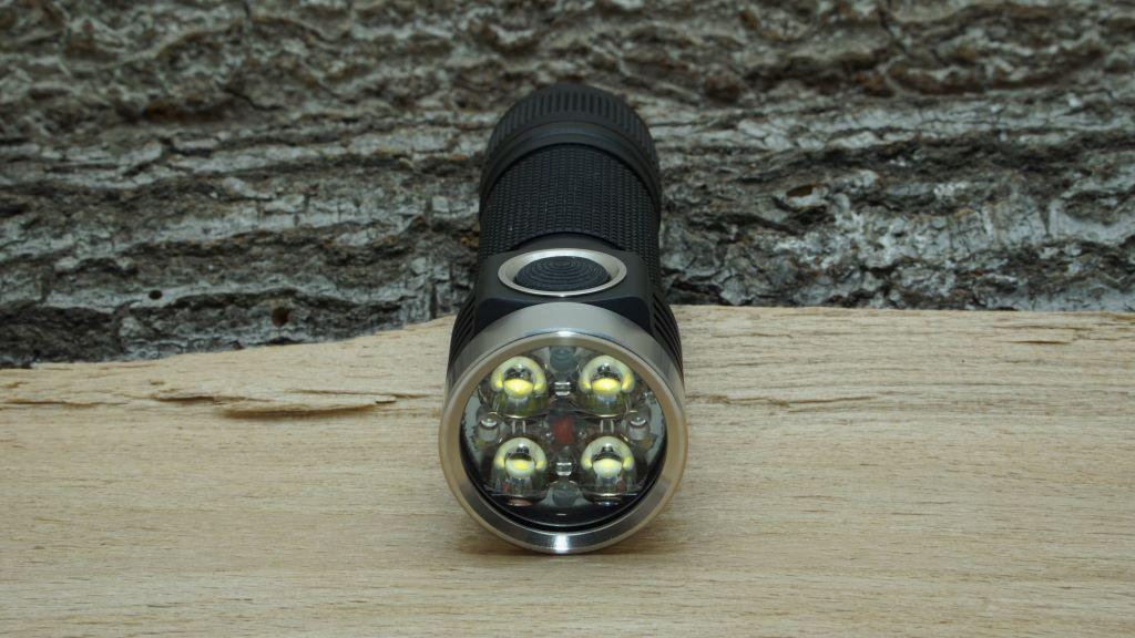 Emisar D4V2 Reflektor und LEDs